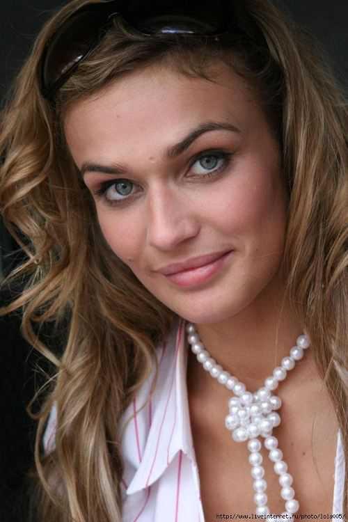 Алена Водонаева разоткровенничалась с поклонниками