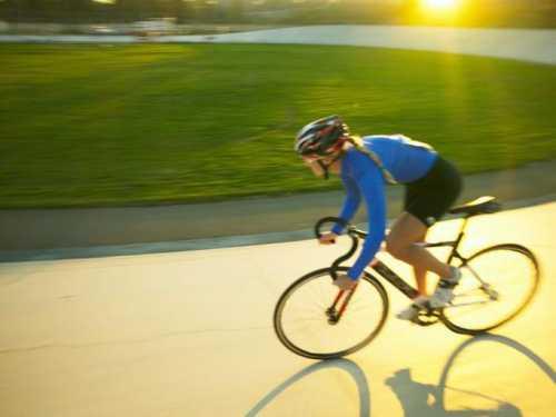 Как быстро научиться кататься на велосипеде