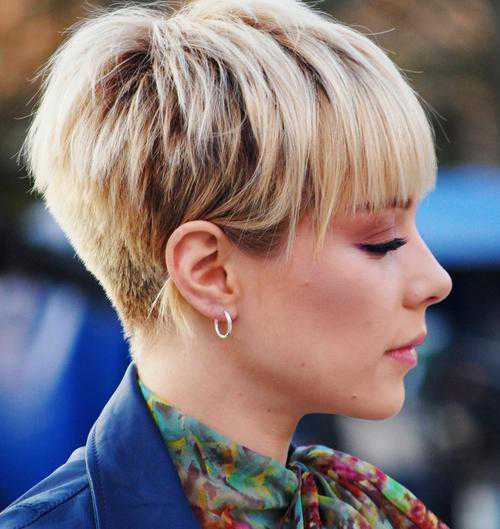 Кристина Кузьмина лишилась волос из