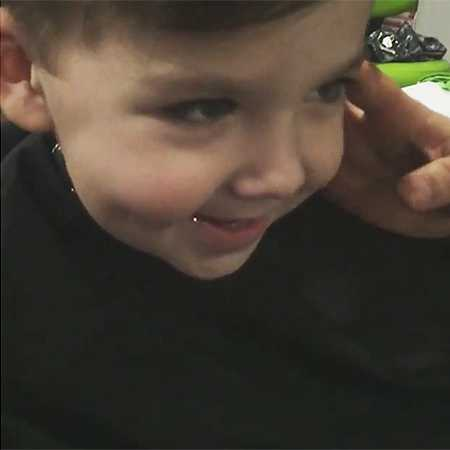 Алла Пугачева впервые постригла сына