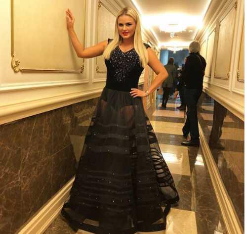 Семенович шокировала гостей Кремля откровенным нарядом