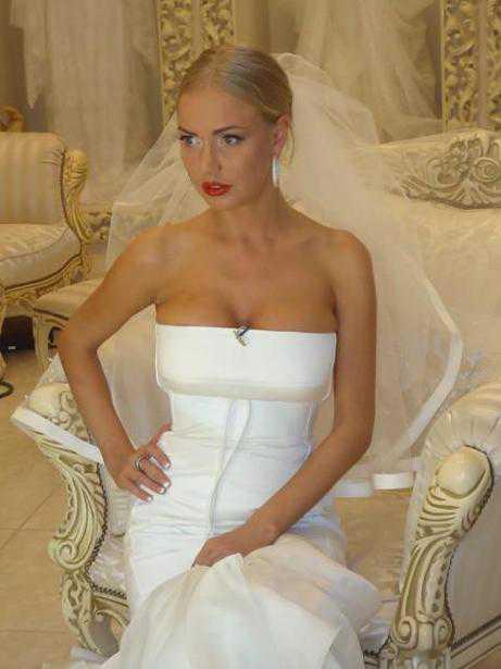 Зачем Бородина надела свадебное платье